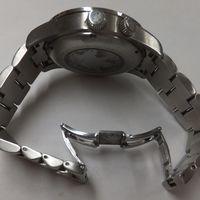 HUNTING WORLD(ハンティングワールド)メンズ腕時計 HW201 ベルト修理前