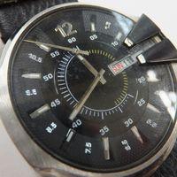 DIESEL(ディーゼル)メンズ腕時計デイデイト 針外れ DZ1295