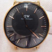 ガラス交換後のDaniel Wellington (ダニエルウェリントン) 2針腕時計 黒文字盤 G36R02